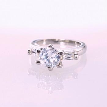買うシリーズ指輪