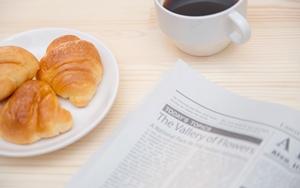 朝食と新聞