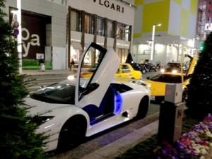 高級車を購入する夢