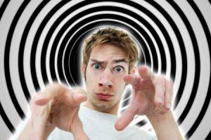 辺見まりが13年間もの洗脳体験を告白!総額5億円の被害に!