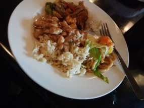 フィリピンの食事はまずい