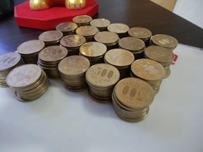 500円玉が120枚も