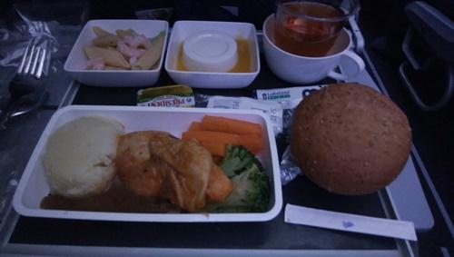 シンガポールモスクワ間機内食