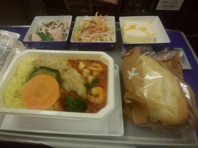 anaプレミアムエコノミー機内食