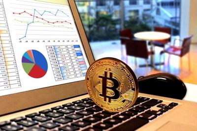 2018年のビットコイン価格はどうなる?有名人の予想は将来いくら?