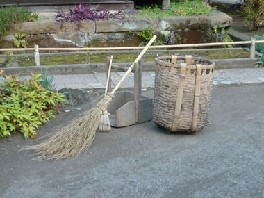 神社の清掃